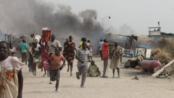 Civilians escaping fighting at a UN base in South Sudan