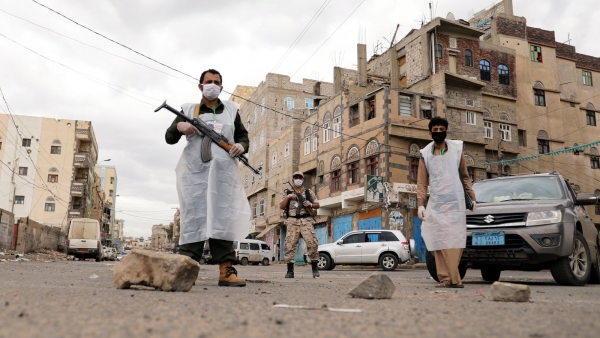 Security forces enforcing a curfew after an increase in cases in May 2020. Sanaa, Yemen