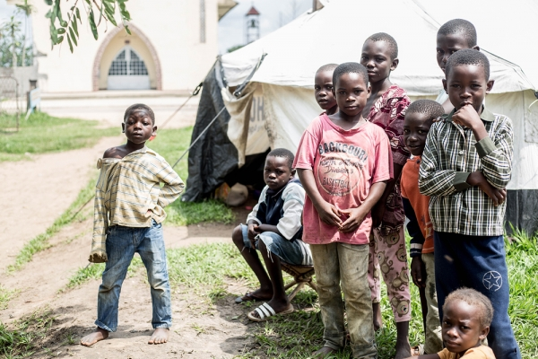 Displaced youngesters in Kinkala
