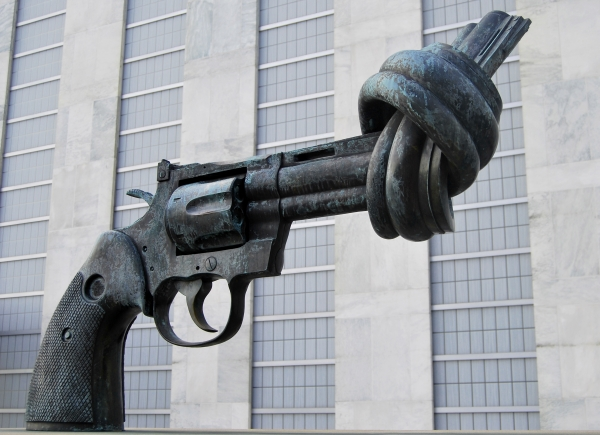 "The ""Non - Violence"" also known as ""the knotted gun"" by the Swedish artist Carl Fredrik Reutersward, donated by the government of Luxemburg to the United Nations"