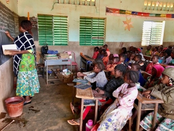 Overcrowded primary school classroom in Kaya, Centre-Nord region, Burkina Faso