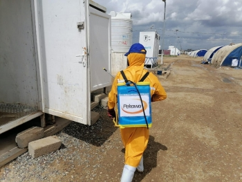 Disinfection activities in Iraqi refugee camps