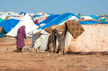 Syrian woman in a camp for displaced persons