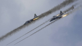 Russian jetfighters attack targets in Syria