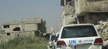 Inter-agency convoy to Duma, east Ghouta in the buffer-zone crossing the conflict line