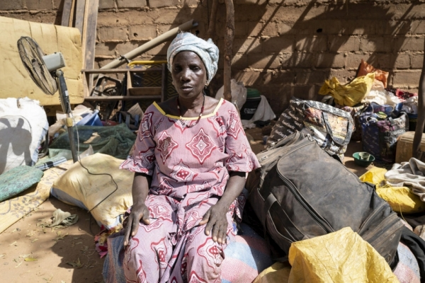 An internally displaced woman in Kaya, Burkina Faso, February 2020